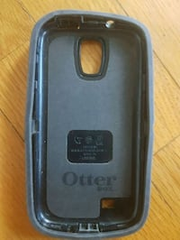 black Otter Box iPhone case Montreal, H1K 3C5