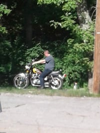 black and yellow sports bike Knoxville