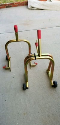 Pitbull front and rear stands San Diego, 92131