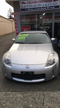 Silver nissan350Z  good condition manual transmission run good miles low 58,652 run fast Lakewood, 98499