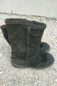 Size 5 Route 66 (Ugg Style) Boots Henderson, 89011