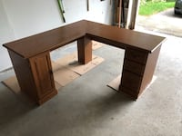 L Shaped Desk Aurora