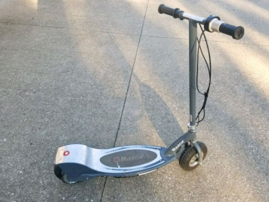 blue and gray Razor kick scooter for sale  Newburgh