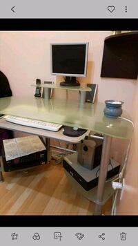 Tempered glass computer table  Toronto, M1B 1R3