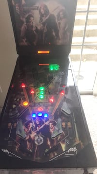 Pirates of The  Caribbean Pinball Machine Gainesville, 20155