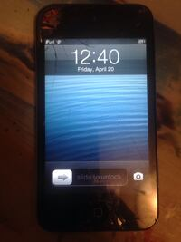 iPod touch 1st generation some cracks 8gb Edmonton, T5B 4R4