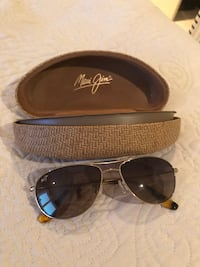 Maui Jim Sunglasses with case Waterloo, N2L 3H6