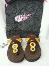 Colorful  stones sz 7 and 10. Reg price $39.00