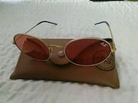 brown framed Ray-Ban sunglasses with case 2286 mi