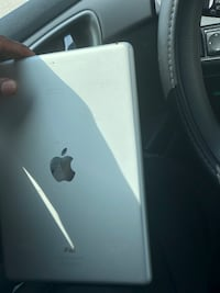 APPLE IPAD AIR FOR SALE !! NO CHARGER Gretna, 70056