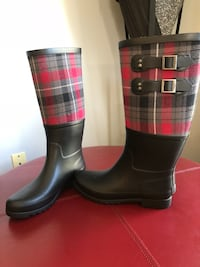 UGG Adorable all weather boots sz 9  worth it- they are new UGGS