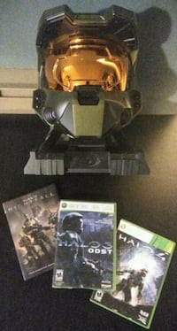 Halo 3 Legendary Edition Master Chief Helmet + Stand + Games + more! New Westminster, V3M 3Y3
