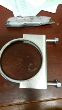"4"" Muffler Clamp,s, new"