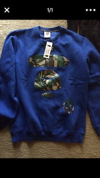 blue and green crew-neck sweatshirt Alexandria, 22312