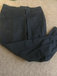 Women trousers size S Manchester, 06042