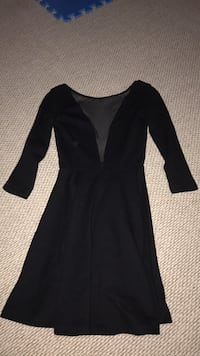 Extra small dress (open back) London, N5V 2T4