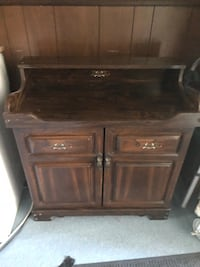 Stereo in a drywelll? Sink cabinet. Best offer. This is for 8 tracks!  Wallingford, 06492