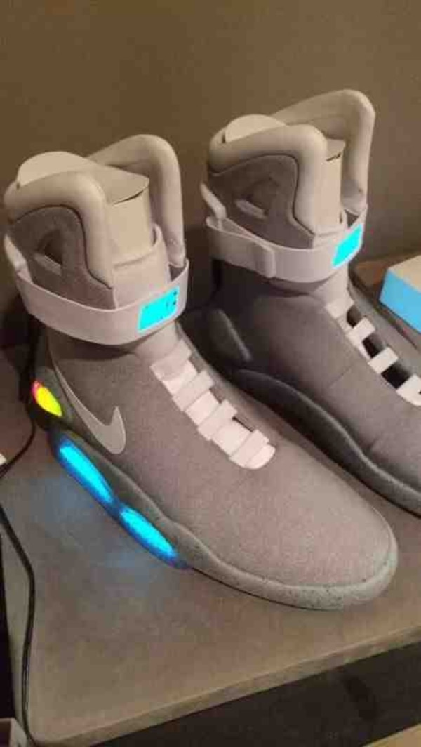 finest selection ce3a9 76154 Used Nike air mags for sale in Glenview