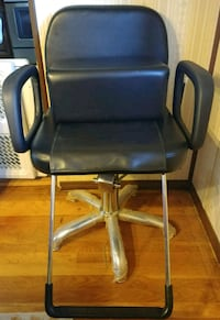 Child Booster seat for Barber Beauty Salon chair Deer Park, 11729