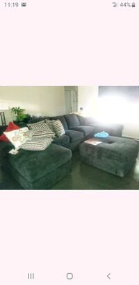 Black sectional (Jerome's) Los Angeles, 90002