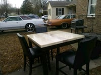 Table and 4 Chairs  North Little Rock, 72114