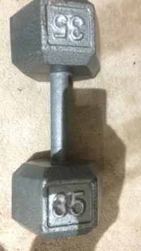 35lbs grey dumbbell Vaughan, L6A