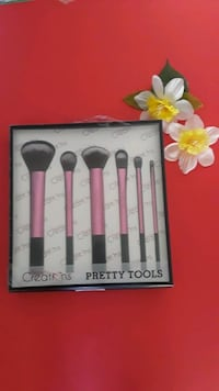 Pretty tools brush set. Las Vegas