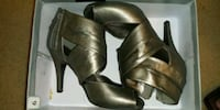 womens shoes size 9 Laurel