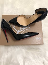 Authentic - Christian Louboutin 35.5 Vaughan, L4L 7N6