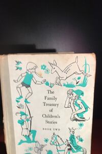 The Family Treasury of Children's Stories Laval, H7R 4P7
