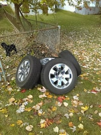 Jeep - Grand Cherokee rims and tires set of five  Hagerstown