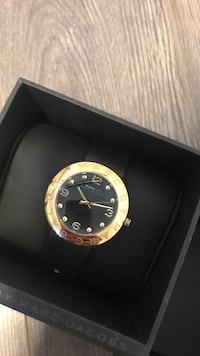 Marc Jacob gold analog watch