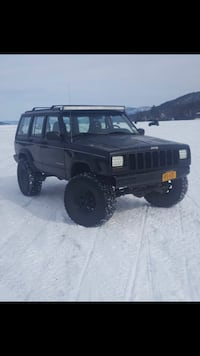 Jeep - Cherokee - 1997 Lake George