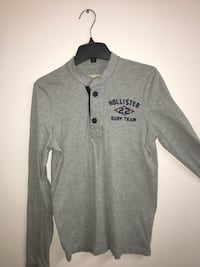 Gray and black hollister pullover hoodie Toronto, M1E 2V6