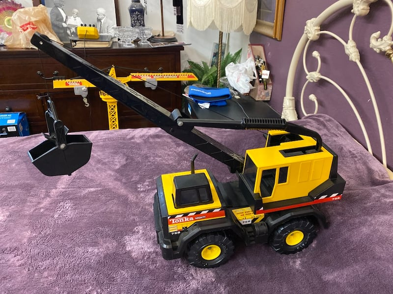 Tonka Mighty 758 Crane 1