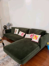 velvet mobilia sectional  Richmond Hill, L4E 4K3