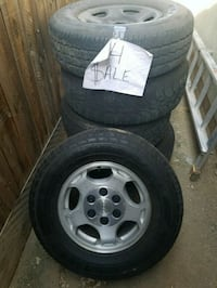 Chevy stock wheels and tires  Fresno, 93727