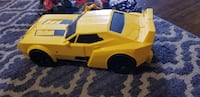 Transformer car and figurines