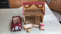 Calico toy house and car with accessories  Surrey, V3S 1P5