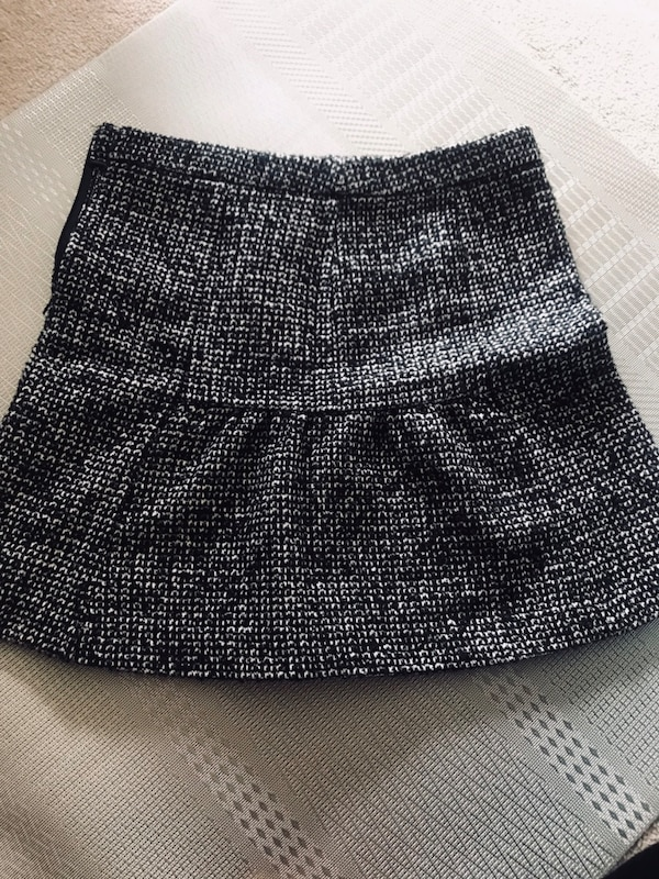 Wool skirt size 12 . Free with purchase anything from me over $50 e1f59ad7-f3b7-459c-9d84-1ca180684130