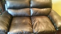 brown leather 2-seat sofa Toronto, M1E 2V1