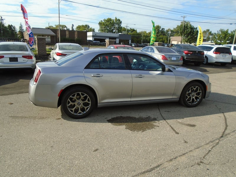 Chrysler 300 2016 7