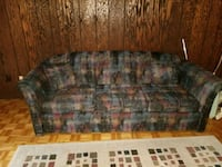 Couch / Love seat  Coquitlam, V3E 2P1