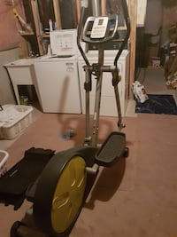 Elliptical, in great condition, pick up in Cambridge. Paid $750 Brand is FreeSpirit  Cambridge, N1T 0B3