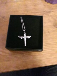Sterling Silver winged cross necklace Norfolk, 23518
