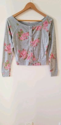 Garage floral cardigan or top xs Vancouver, V6B