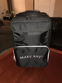 Mary Kay Consultant Suitcase + misc MK items