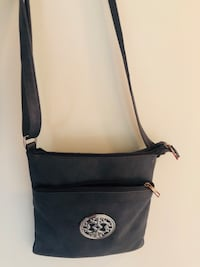 Crossbody Bag Vaughan, L4L 7L3
