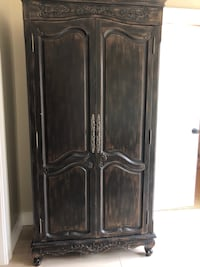 Armoire  Round Hill, 20141