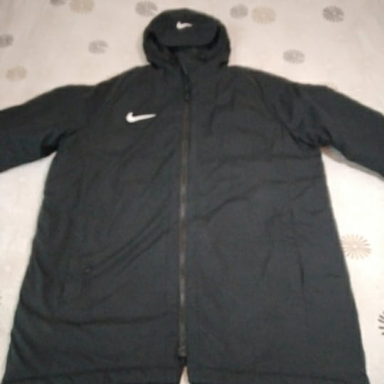 Nike mont 2